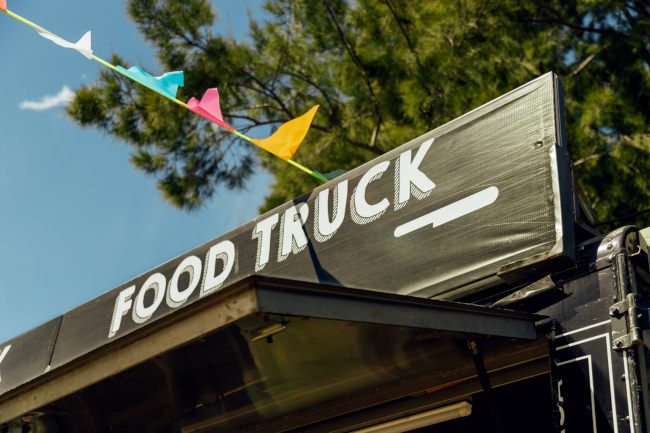 Bring in Customers with Food Truck Wraps