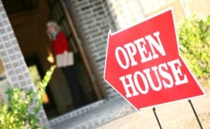 Five Reasons to Use Realtor Signs